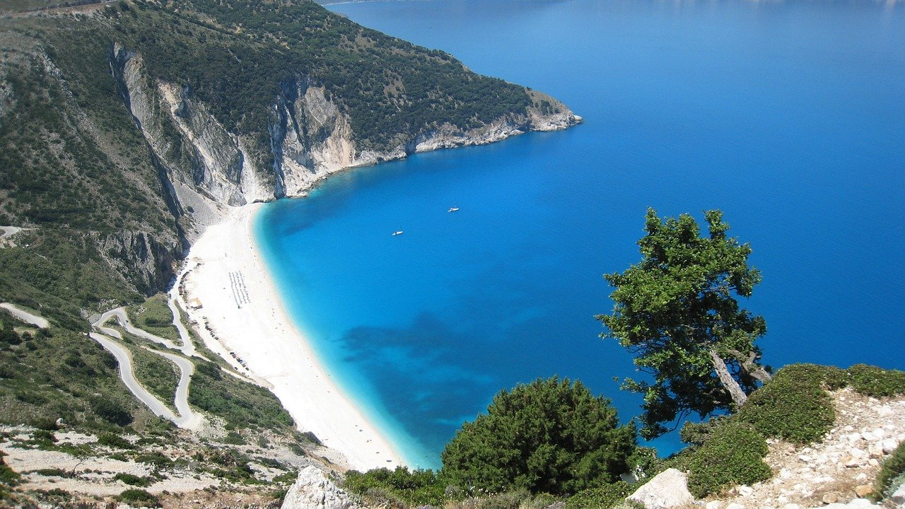 What to see if you rent a car in Kefalonia