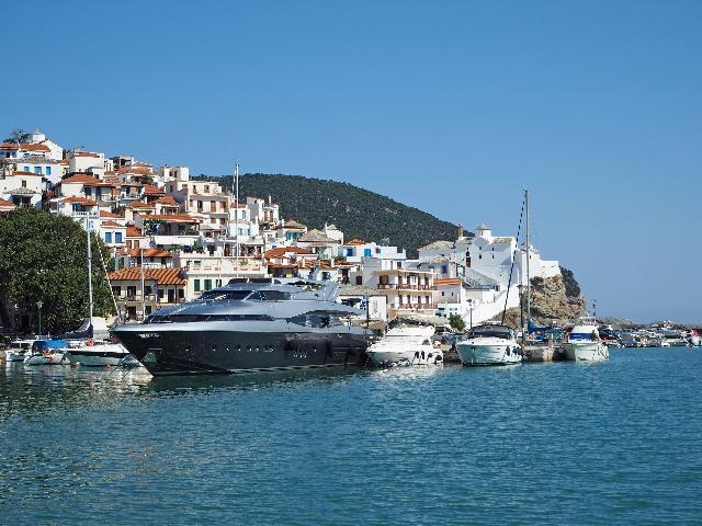 luxury islands in greece