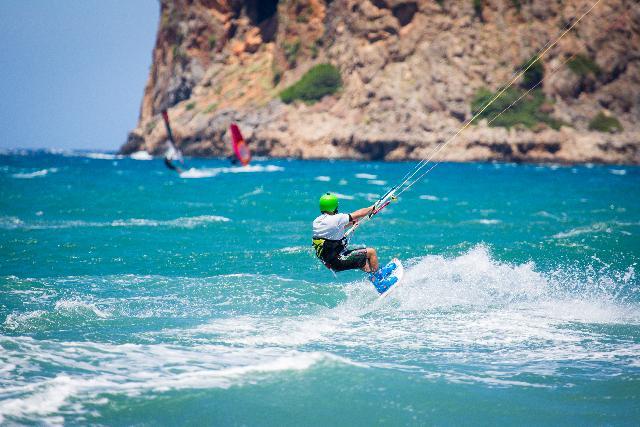surf in Greece