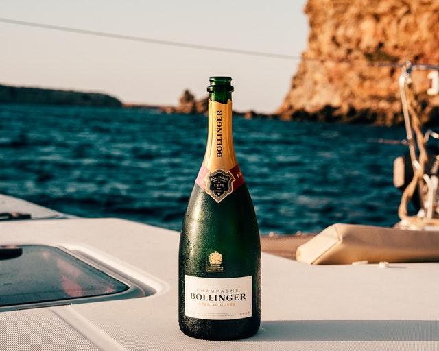 greek island for bachelors