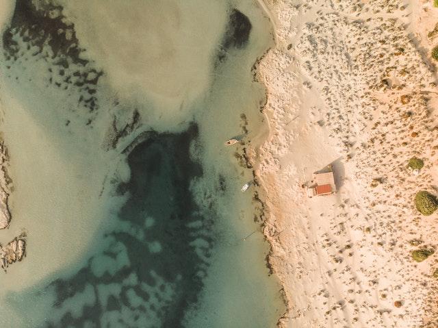 Crete island for singles